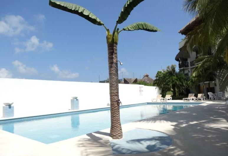 Mi Casa-2 Br Ph Private Roof top Near to Coco Beach -great Deal, Playa del Carmen, 游泳池