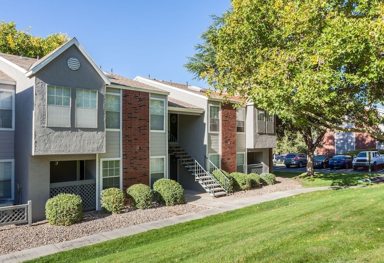NE Albuquerque Apartments by Frontdesk, البوكيرك