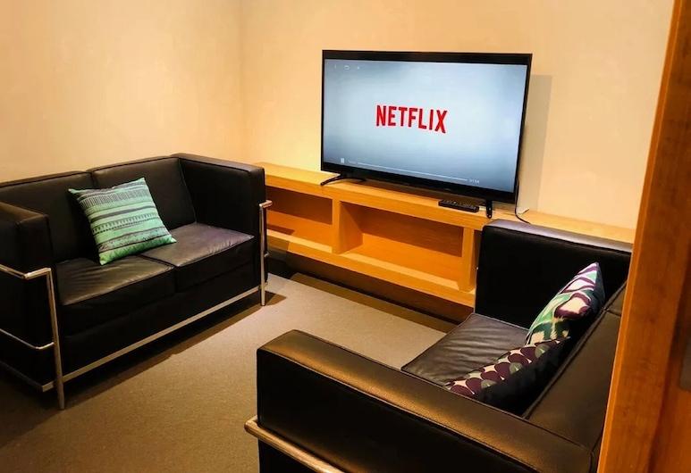 Modern cozy and functional apt. in Monterrey's heart, 2 rooms 2DB, 2BTH, by Mty. Living S1 605, Monterrey, Íbúð - 2 svefnherbergi, Stofa