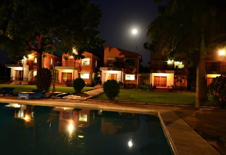 A Great Accommodation to Stay at to Have a Spectacula Relaxing Vacation, Mombasa, Exterior