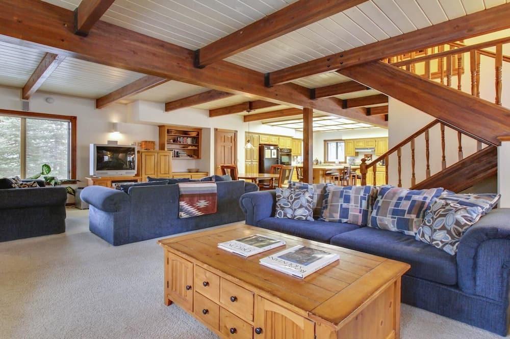 Ferienhaus, Mehrere Betten (Tokatee 2) - Wohnzimmer