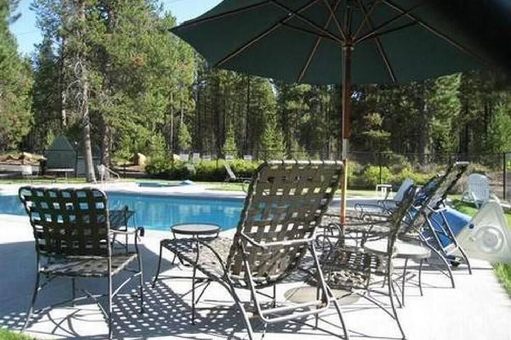 Condo, Multiple Beds (Powder Village K1) - Pool