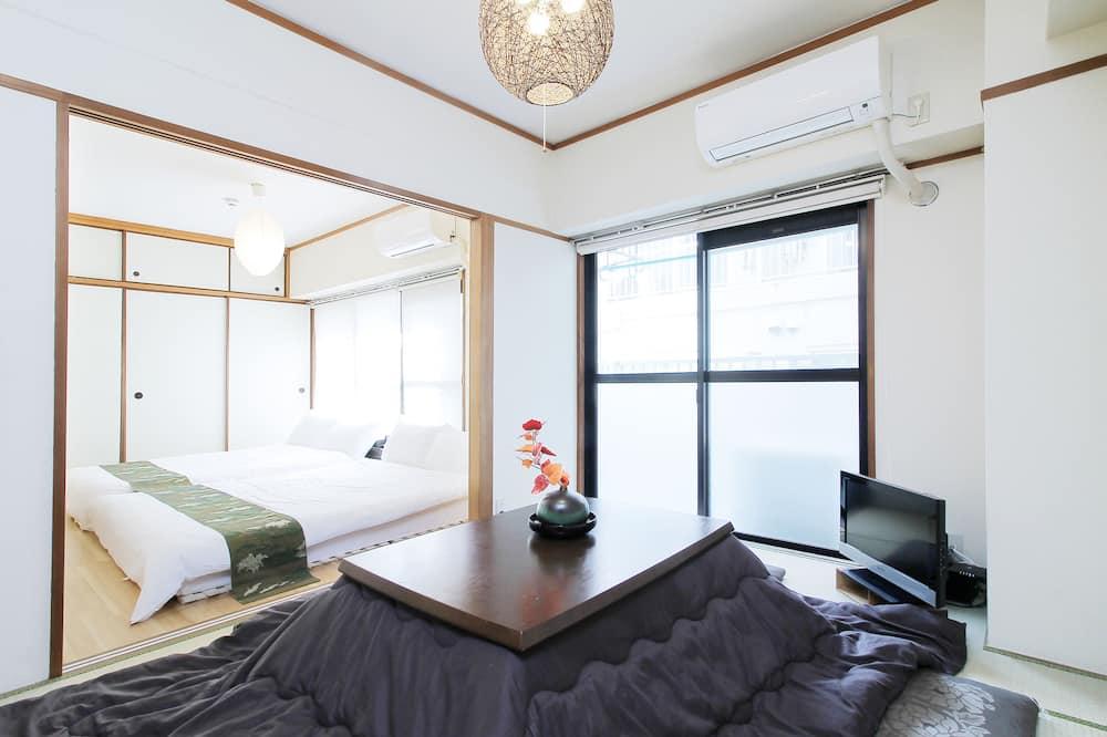 Condo, 2 Bedrooms (302) - Room