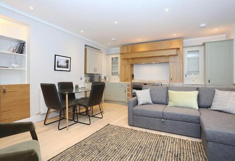 Newly Refurbished Apartment on the Historic Royal Mile, אדינבורו, דירה, אזור מגורים