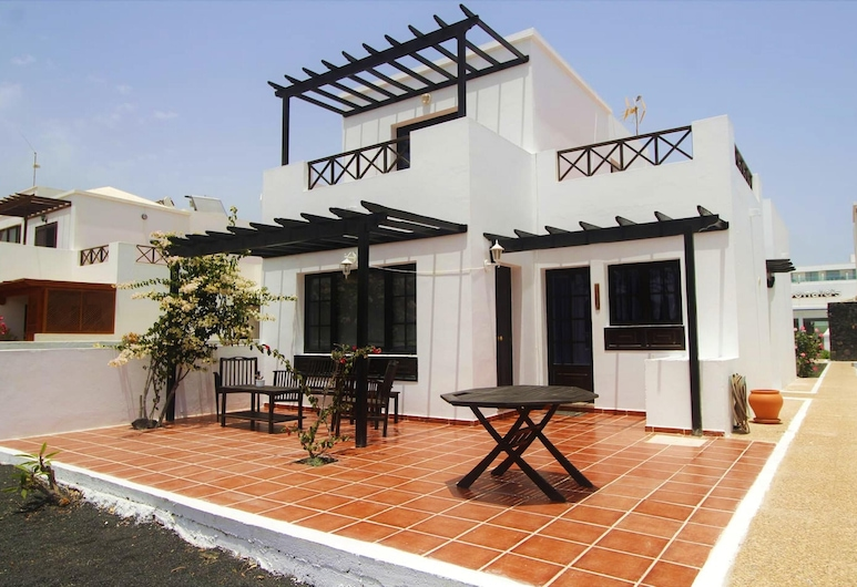 House With 3 Bedrooms in Tías, With Terrace and Wifi, Tias