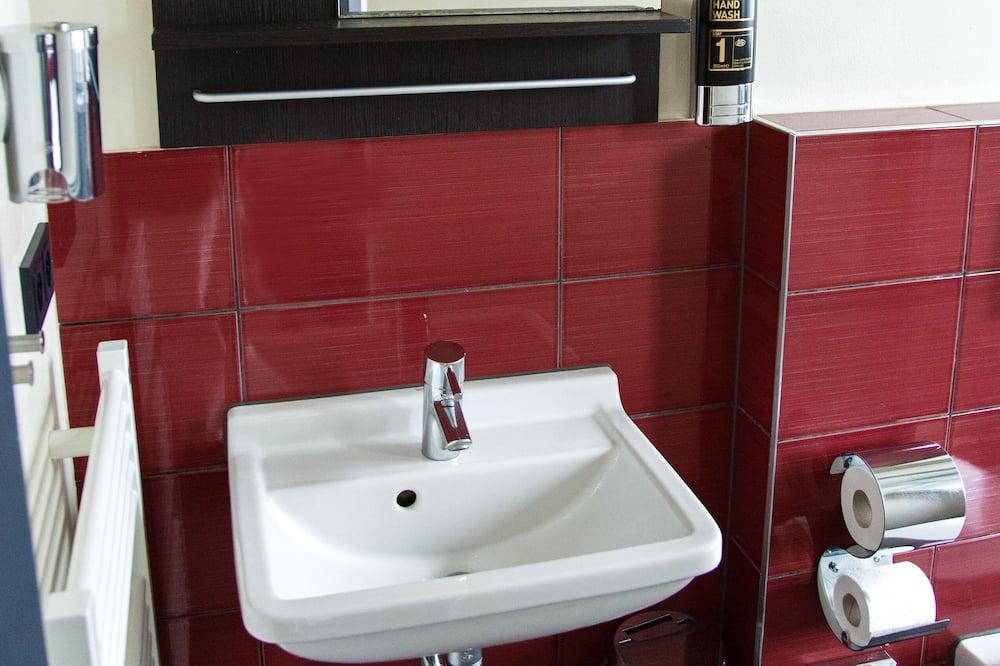 Студия «Классик» - Ванная комната