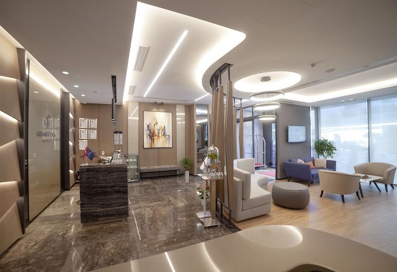 Granbella Hotel, Tekirdag, Sitzecke in der Lobby
