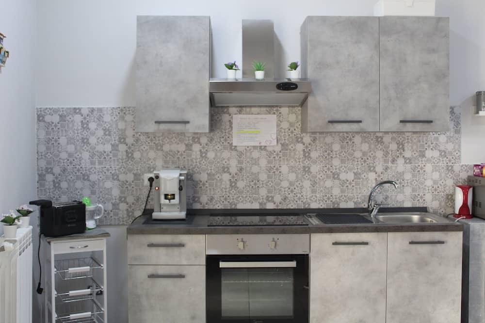 舒適三人房 - 共用廚房