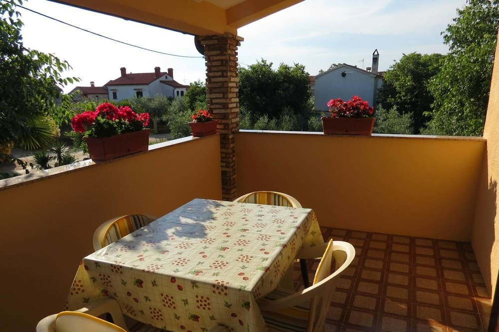 Apart Daire (A1) - Balkon