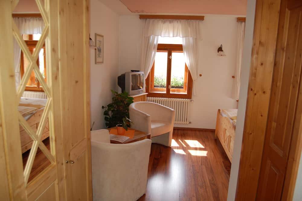 Doppelzimmer, Bergblick (Nr. 2) - Wohnbereich
