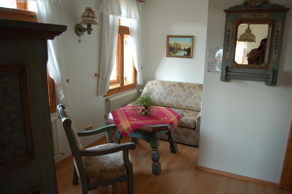 Familienzimmer (Nr. 4) - Wohnbereich