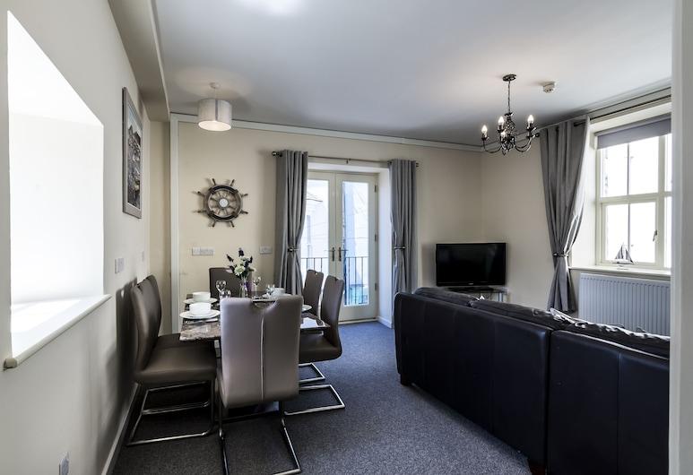 The Sail - 2 Bedroom Apartment, Tenby, Svetainės zona