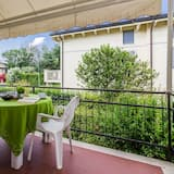 Family Apartment, Multiple Beds, 2 Bathrooms, Garden Area (Valentina 2) - Terrace/Patio