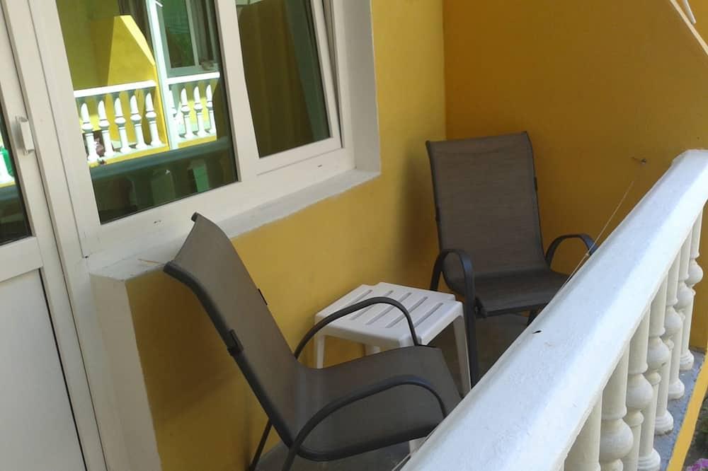 Superior Tek Büyük veya İki Ayrı Yataklı Oda - Balkon