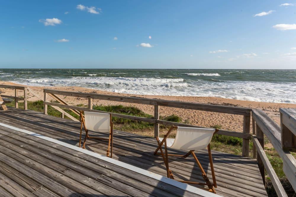 House (Harmony Beach House) - Beach