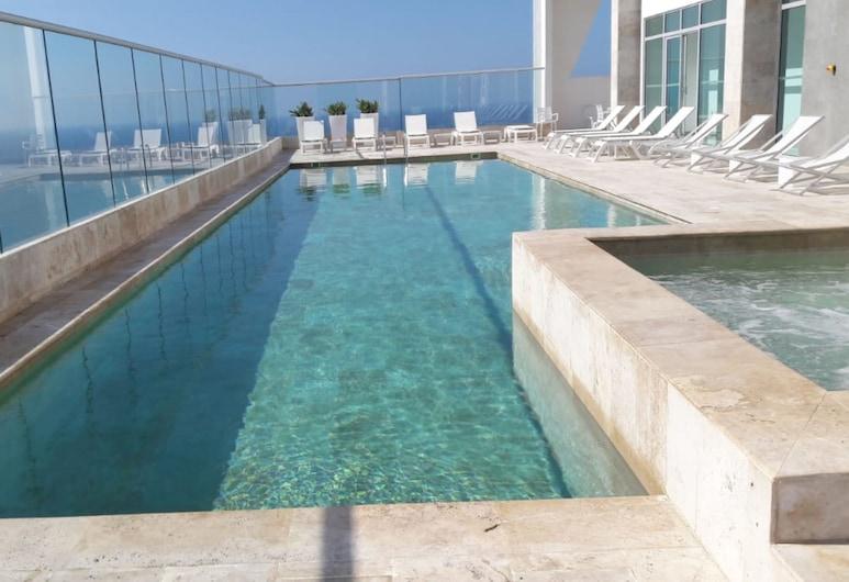 Building Palmetto Sunset 1503, Cartagena, Pool