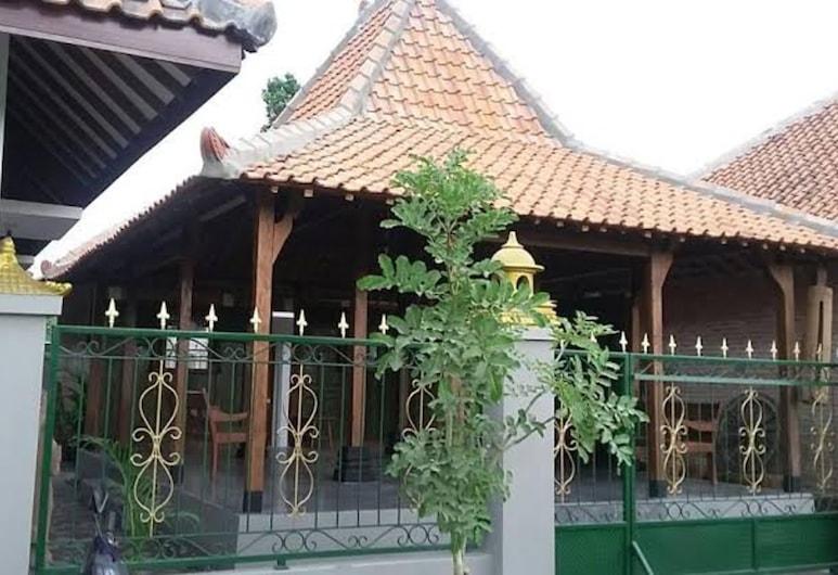 Ganjuran Indah Inn, Sumbermulyo