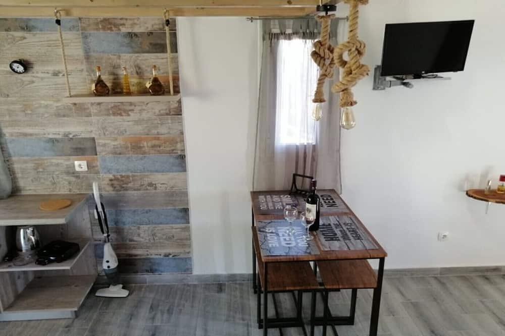 Apartamentai, priestatas (4 Pax) - Vakarienės kambaryje