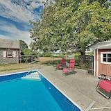 منزل - ٤ غرف نوم - حمام سباحة