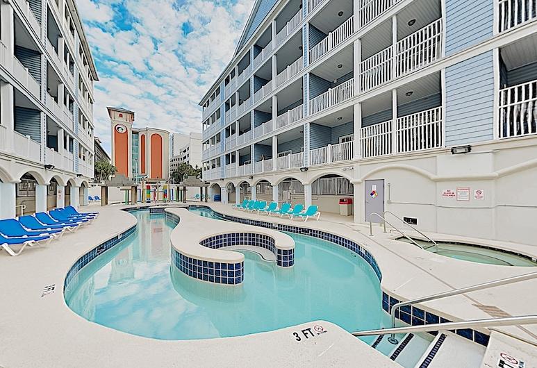 1 Block to Beach! Downtown With Lazy River, Hot Tubs - 4 Bedroom Condo, Myrtle Beach, Soukromý byt, 4 ložnice, Bazén