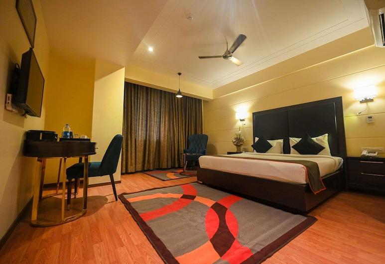 Comfort Hotel Vista, Lucknow, Standard Room, 1 Double Bed, Non Smoking (Pillow-top Mattress), Guest Room
