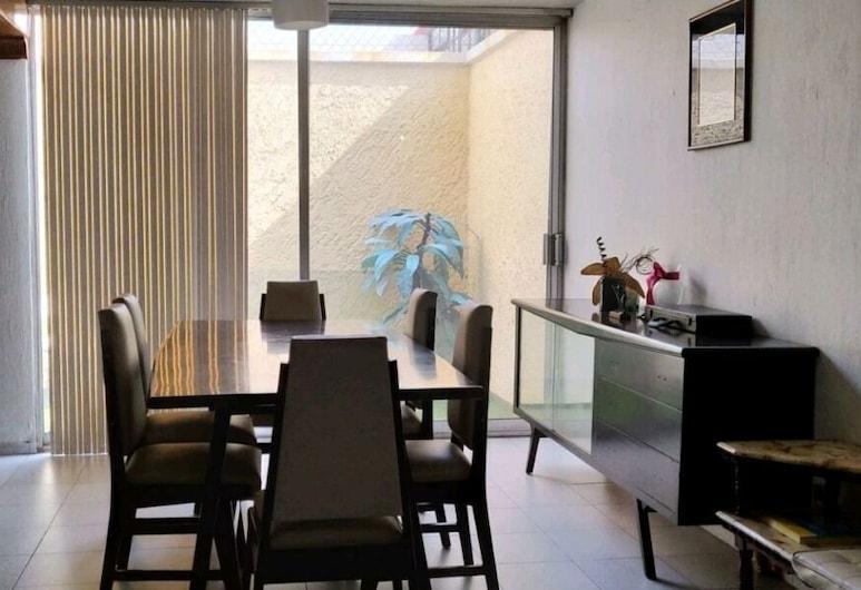 Casa Capi Co-Living, 薩波潘, 大廳休息區