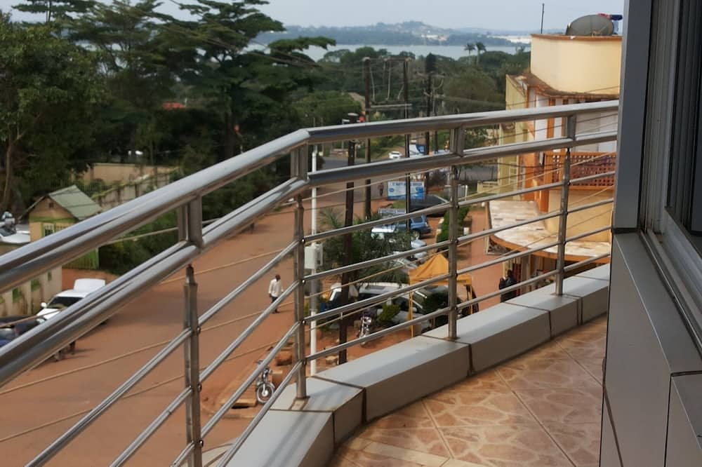 Apartamento económico - Vistas al balcón