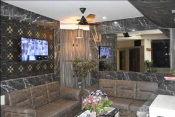 תמונה של Midtown Hotel באחמדאבאד
