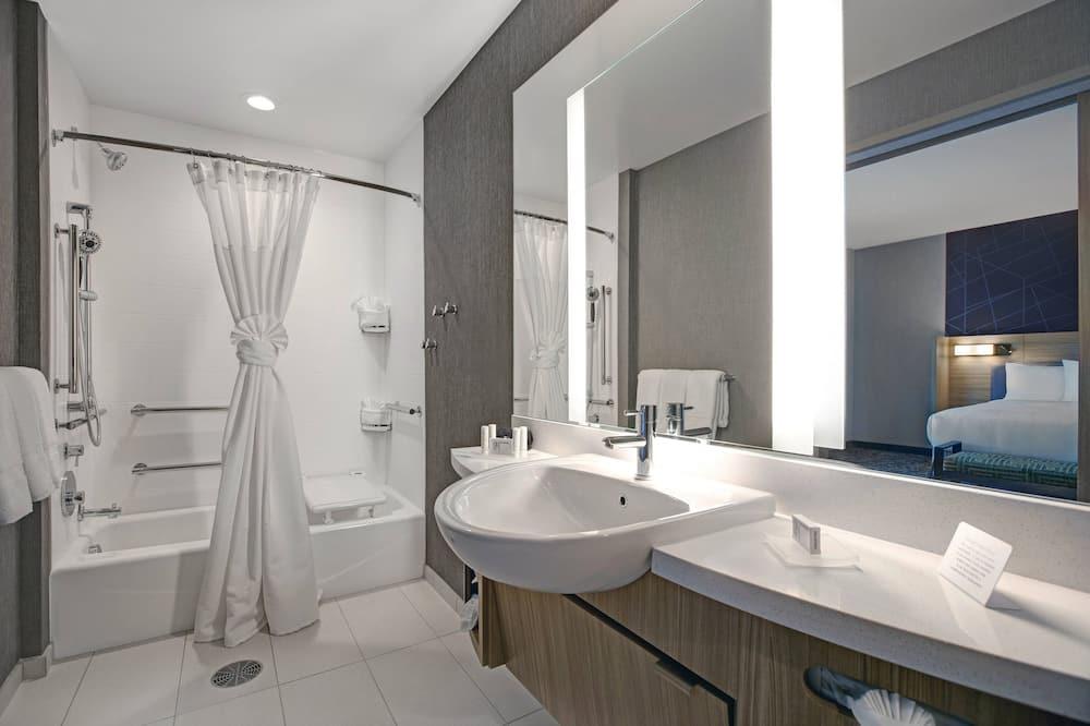 Štúdio, 1 extra veľké dvojlôžko, nefajčiarska izba - Kúpeľňa