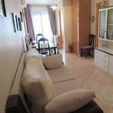 Nice Apartment Downtown - 15 Minutes From the sea