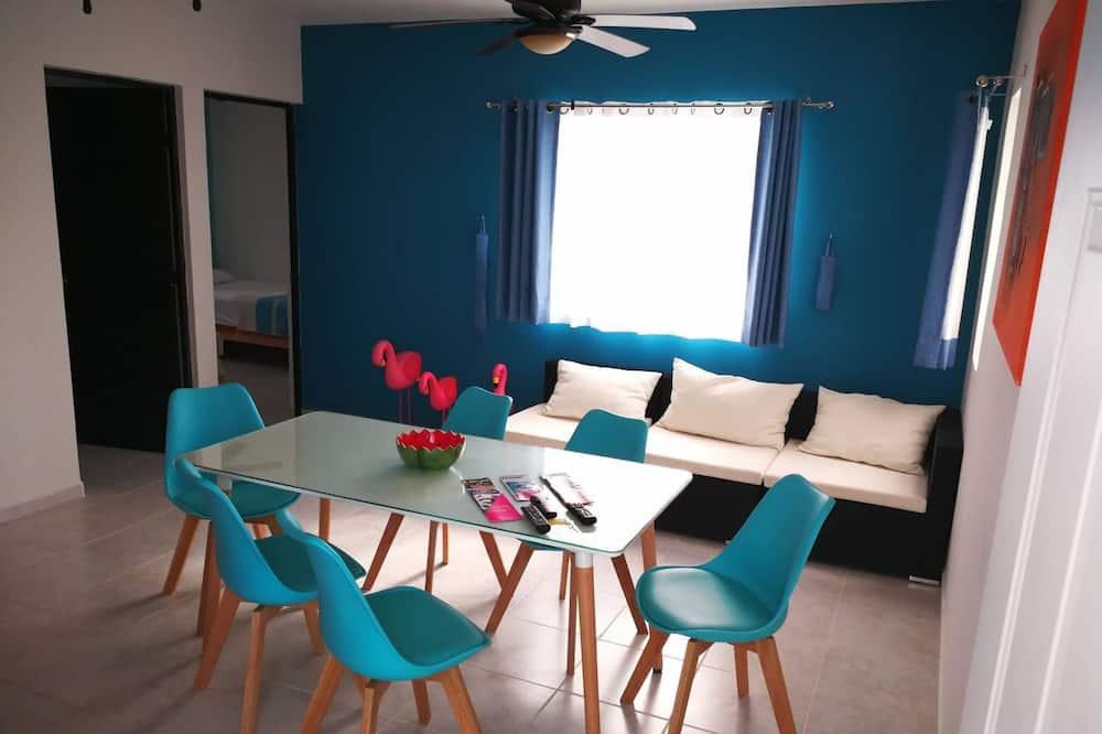 Aqua Apartment By Perlitas Home