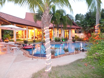 Picture of Luxury Private Villa In A Stunning Locationpool in Bang Lamung