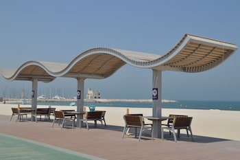 Selline näeb välja Beach Walk Hotel, Dubai
