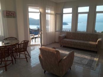 Picture of Pembe Kosk Apart Otel in Fethiye