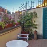 House, Multiple Beds (Navona Cozy Terrace Studio) - Balcony