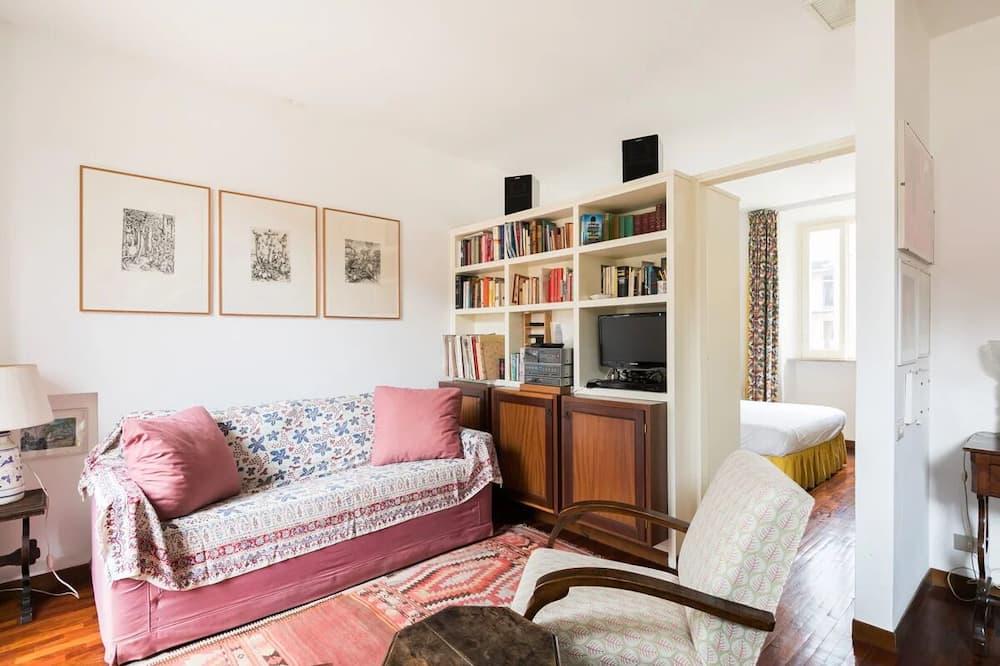 House, Multiple Beds (Navona Cozy Terrace Studio) - Living Room