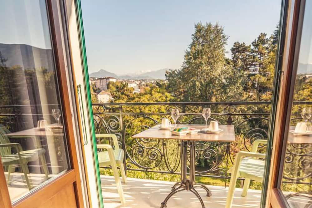 Habitación triple Deluxe (Cèdre) - Balcón