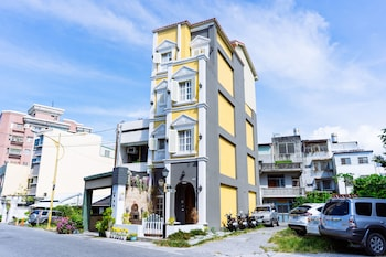 Picture of Flower Young B&B in Hualien City