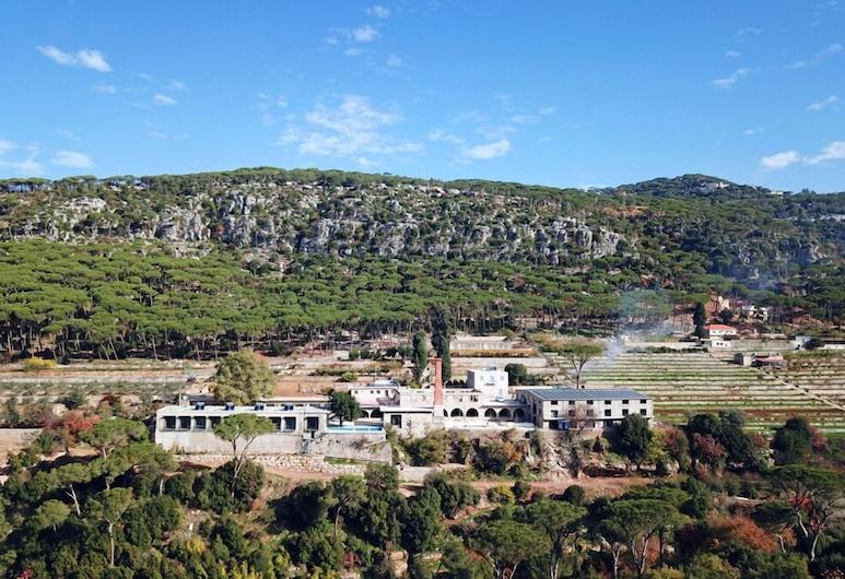 The Silk Valley Resort, Aarbaniye