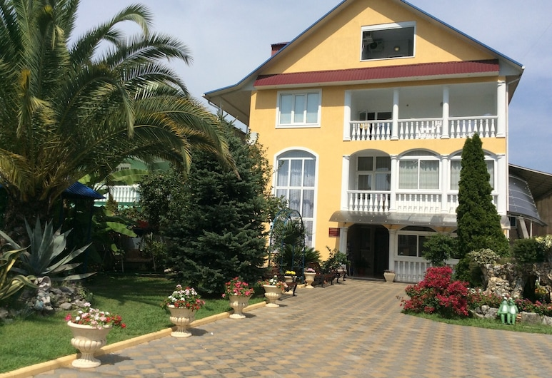 Orion Guest House, Adlersky