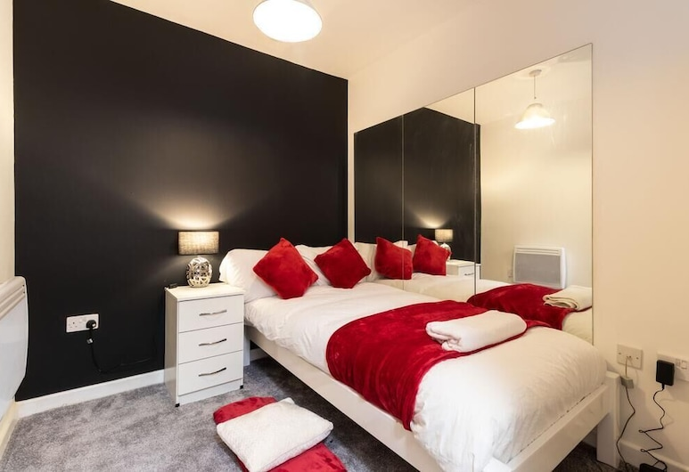 Lux City Centre, Birmingham, City Apartment, 2 Bedrooms, Room