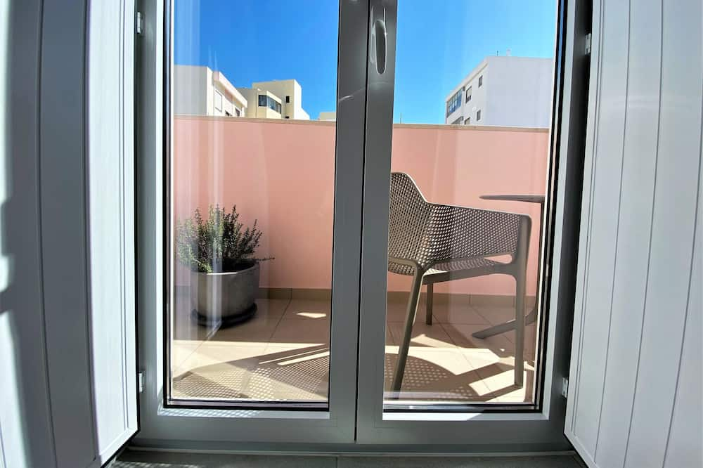 Premium Condo - Balcony