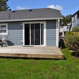 House, Multiple Beds (223 13th Ave) - Exterior