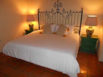 Picture of La Puertecita Aparthotel in San Miguel de Allende