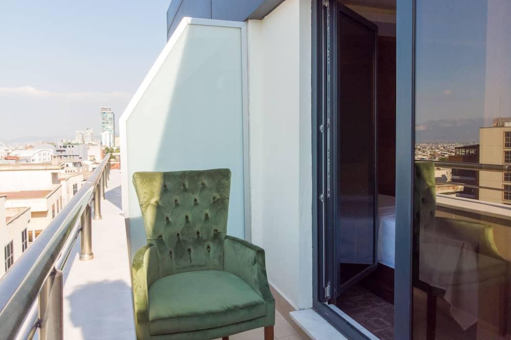 Comfort Room - Balcony