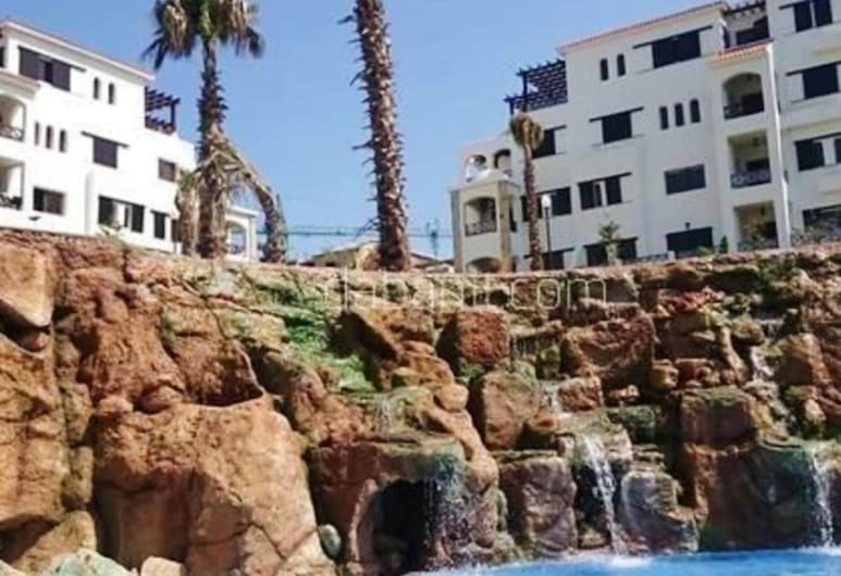 Apartment With 2 Bedrooms in Tetouane, With Shared Pool and Enclosed Garden, M'diq, Teras/Veranda