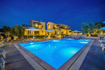 Picture of Miroes Suites in Sithonia