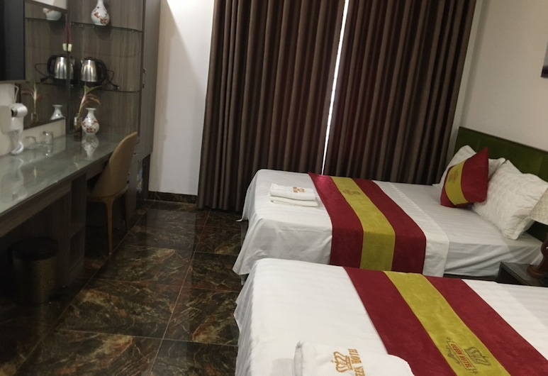 Queen Nhan Chinh Hotel , Hanoi, Standard Double Room, Guest Room