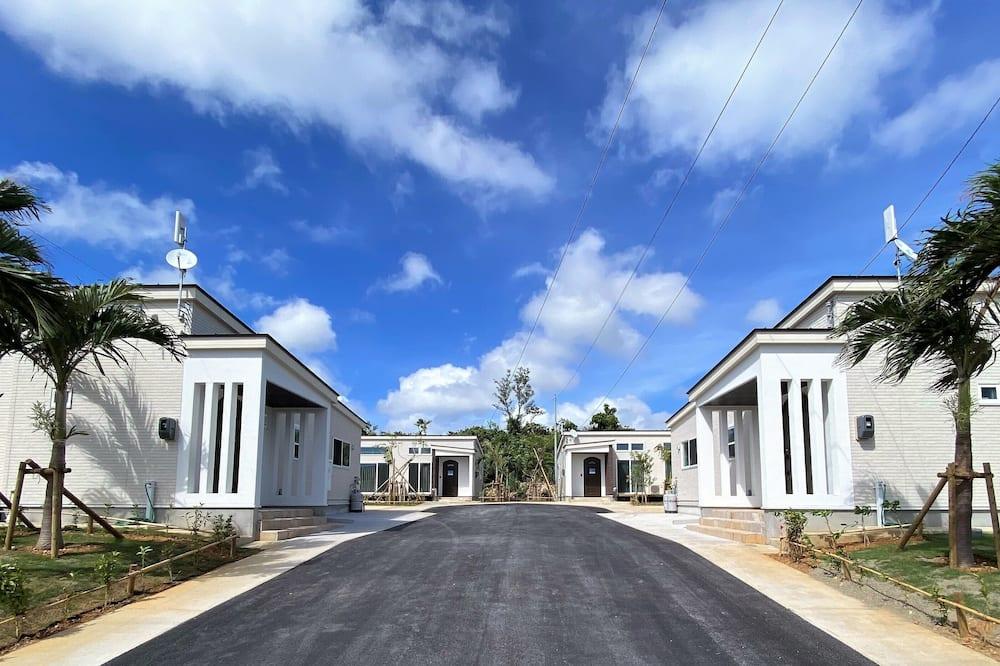 施設の正面