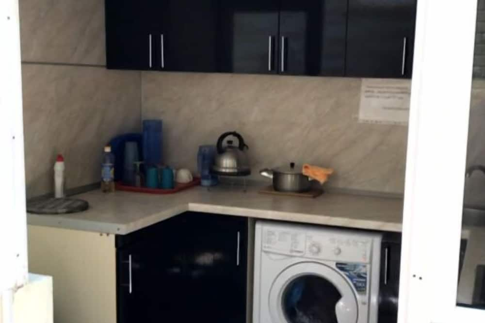 Třílůžkový pokoj typu Comfort - Společná kuchyně